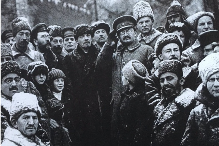 Как большевики под хохот Ильича похоронили надежду народа на свободу