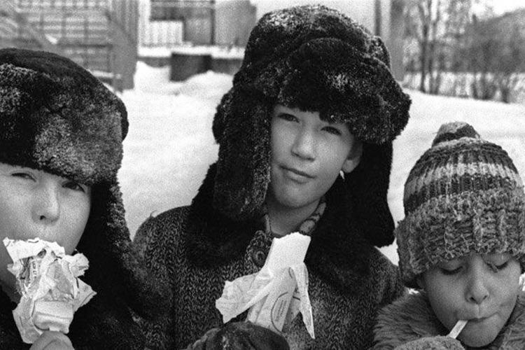 Лет 30 назад в нынешние морозы учились бы все школьники