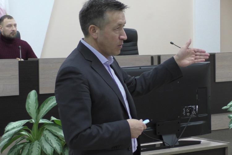 Александр Соловьев: технику перекидываем, как пожарные