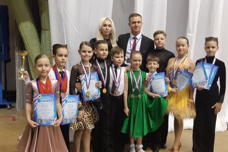 Юные балаковские танцоры вернулись из Саратова с медалями