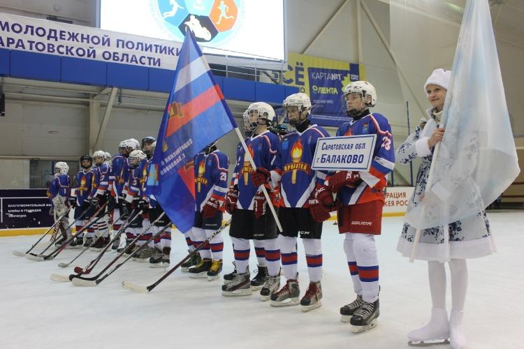 Балаковский Прометей проиграл все свои встречи и занял последнее место на Золотой шайбе