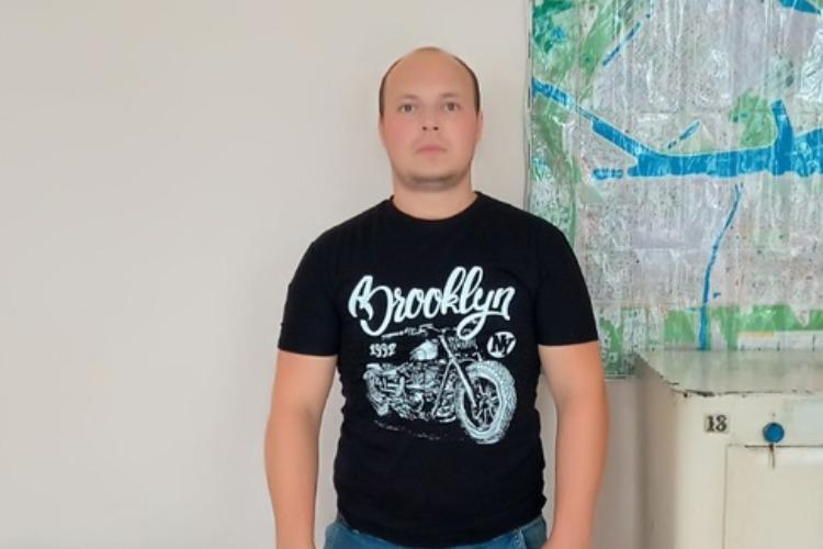 """В Балакове таксист якобы """"продавал"""" права доверчивым гражданам"""