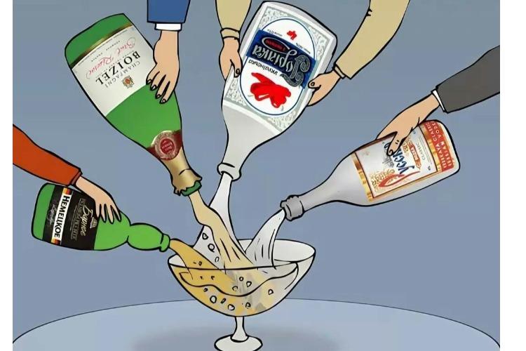 Депутат с напарниками торговали алкоголем в особо крупном размере