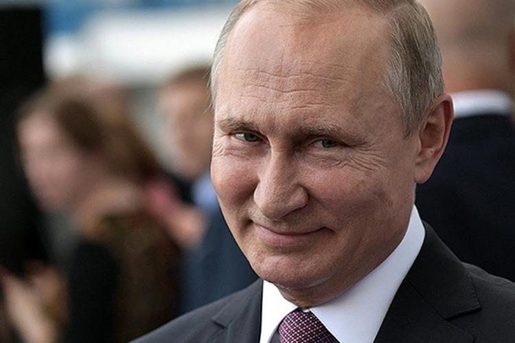 ВЦИОМ: 65 % россиян доверяют президенту Владимиру Путину