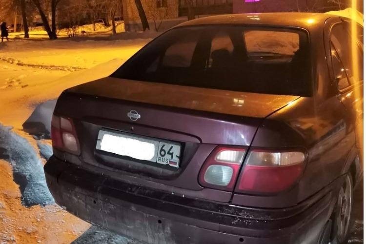 Житель Балакова остался без автомобиля за долг в 120 000 рублей
