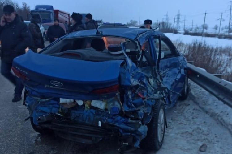В массовом ДТП на трассе Балаково-Саратов под Марксом погибла 7-летняя девочка