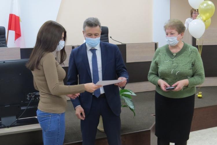 29 семей получили сертификаты на новые квартиры в Балакове
