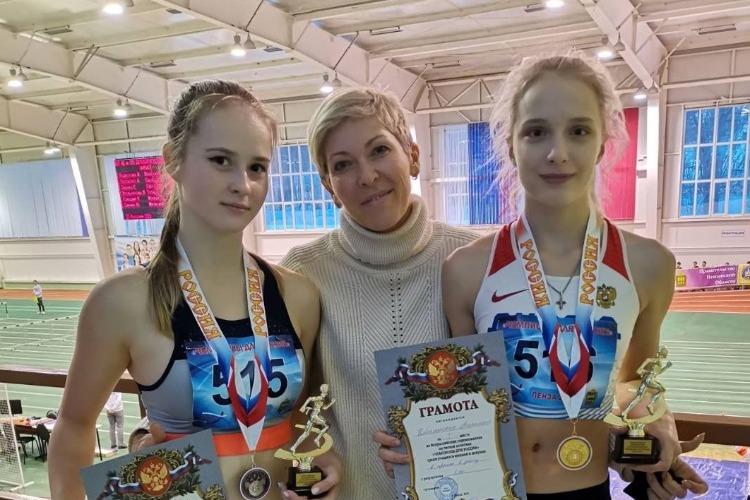 Балаковские легкоатлеты вернулись из Пензы с медалями и кубками