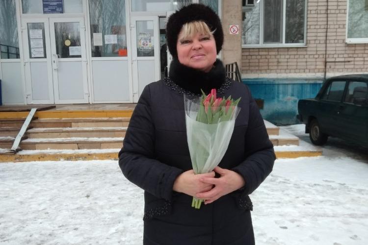 Первый в этом году пикет Надежды Позняковой был преисполнен благодарности врачам
