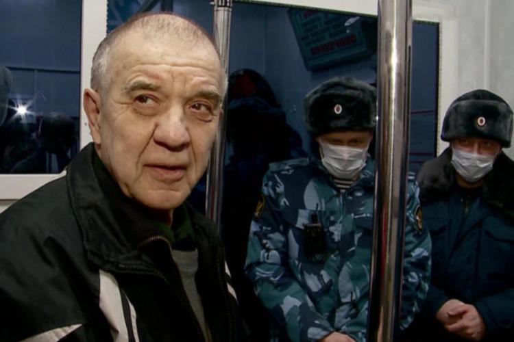 Возвращение маньяка. Он уехал на волю из обсиженного Пугачева на автобусе Балаково - Самара