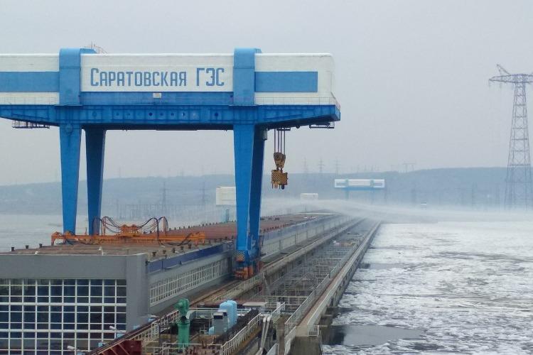Саратовская ГЭС отвергает обвинения Росприроднадзора