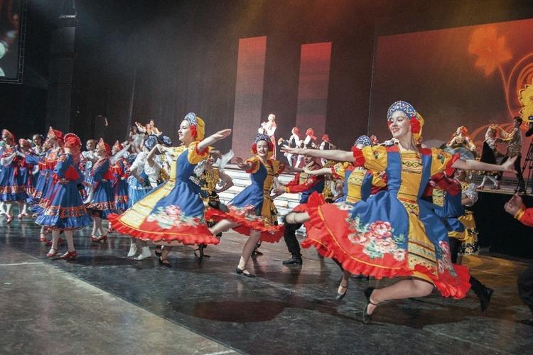 Металлурги Балакова поддержали Радость