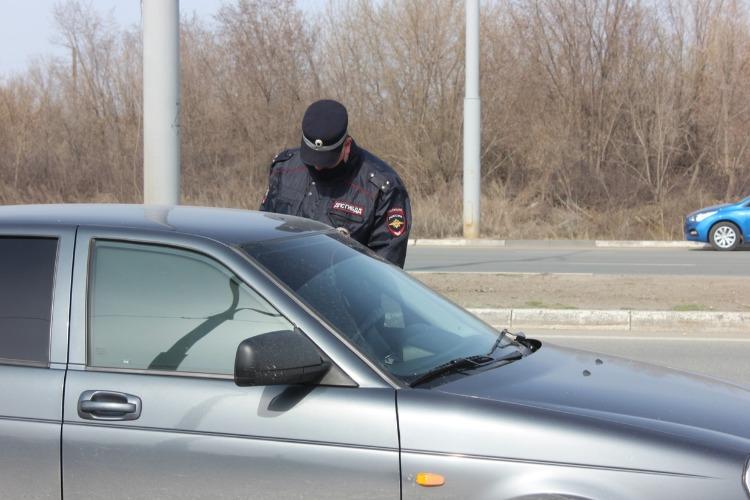 Балаковская госавтоинспекция за сутки выявила 98 нарушений ПДД