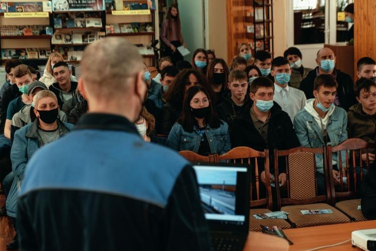 Металлурги Балакова побывали в гостях у студентов политеха