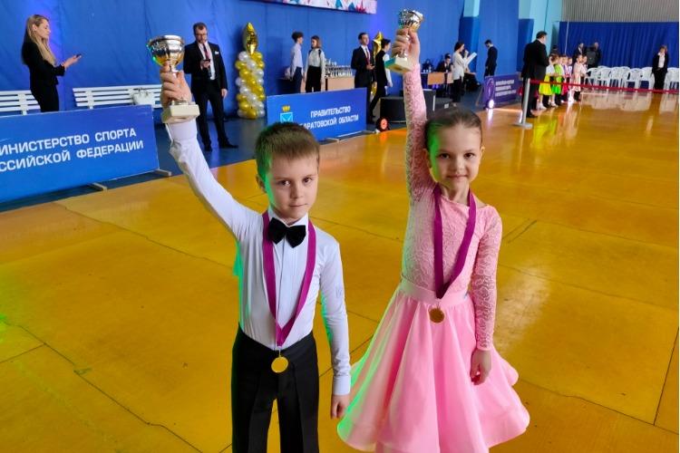 Браво, дети! Балаковцы блеснули на турнире по спортивным танцам