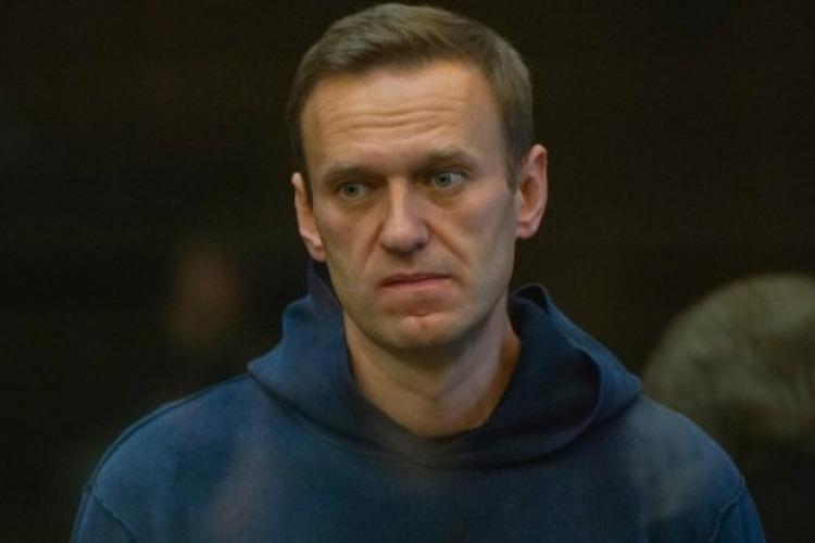 Навальный вышел из голодовки