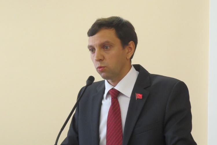 Депутат Мамаев предлагает судить за убийство животных, как за убийство человека