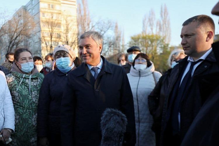 Вячеслав Володин обсудил с балаковцами парк на поле между 5 и 8 микрорайонами
