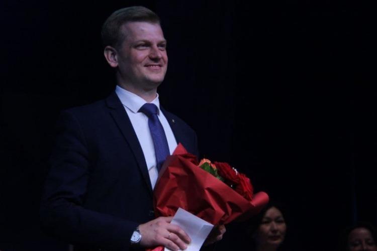 Балаковский трудовик стал вторым учителем губернии