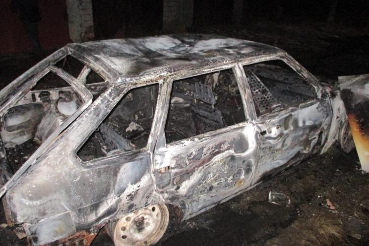 Под Балаковом ночью сгорел автомобиль