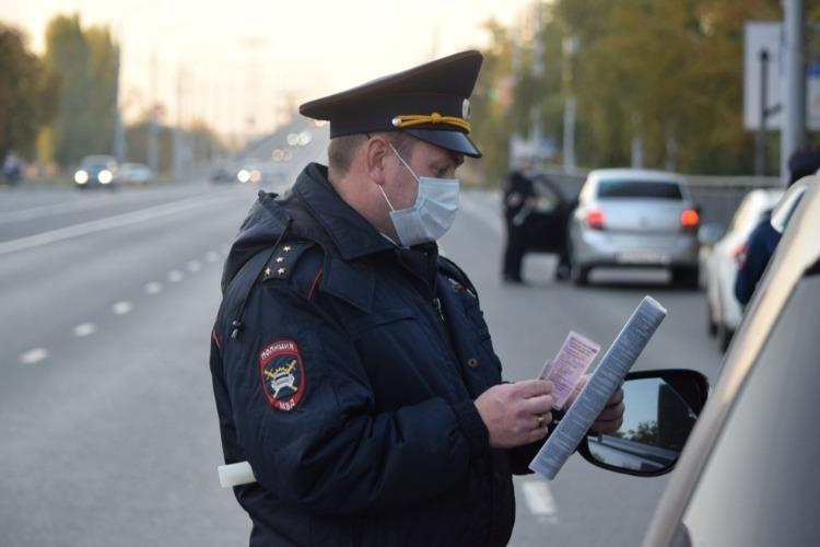 Балаковская госавтоинспекция за сутки поймала 2 пьяных водителей