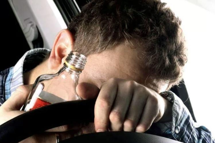 Балаковская госавтоинспекция поймала 2 пьяных водителей