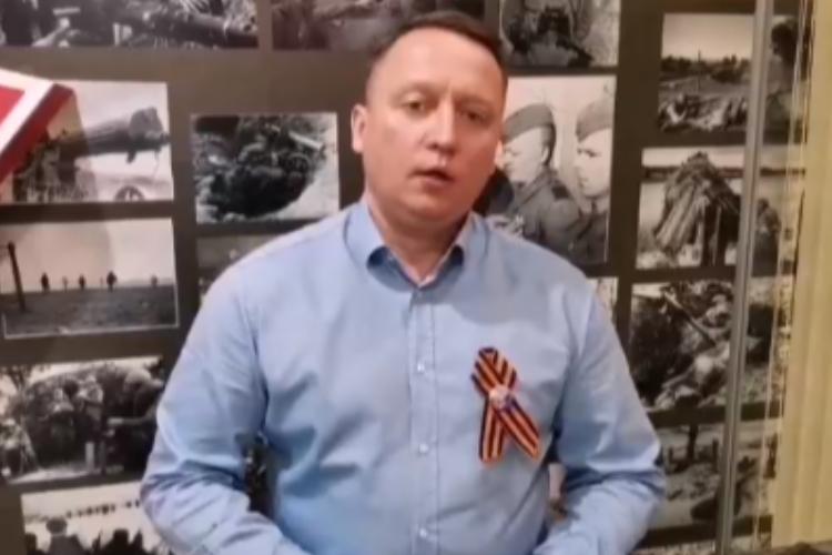 Глава города Роман Ирисов поздравил балаковцев с Днем Победы. Видео