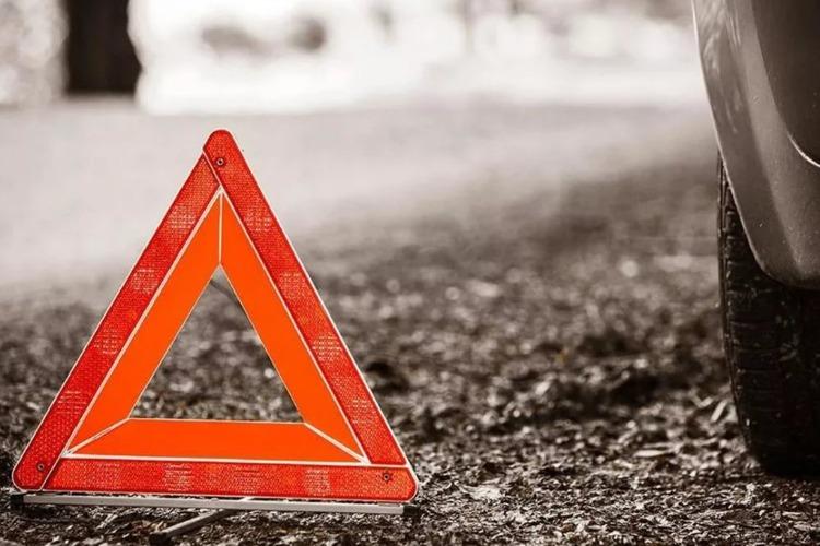 В Балаково беспечный мужчина попал под колеса Весты