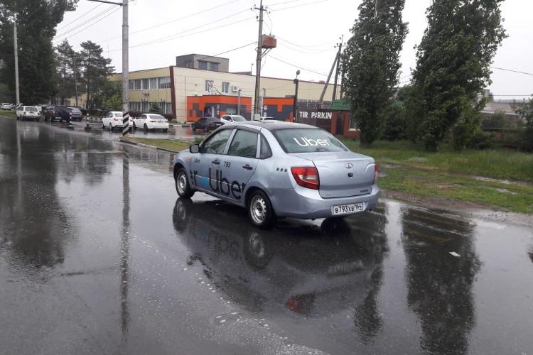 В Балаково таксист на Гранте сбил пенсионерку на зебре