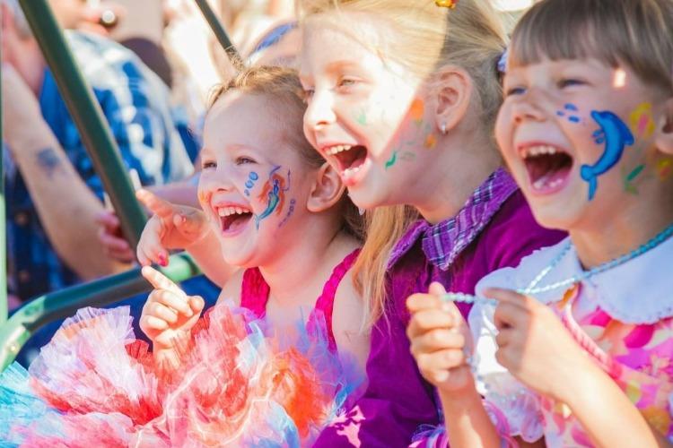 В Саратовской области разрешили массовые мероприятия для детей