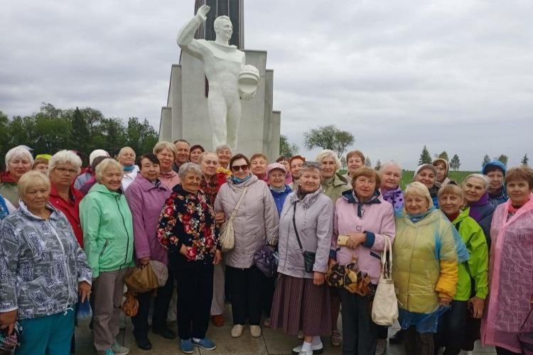 Ветераны Балакова высоко оценили Парк покорителей космоса