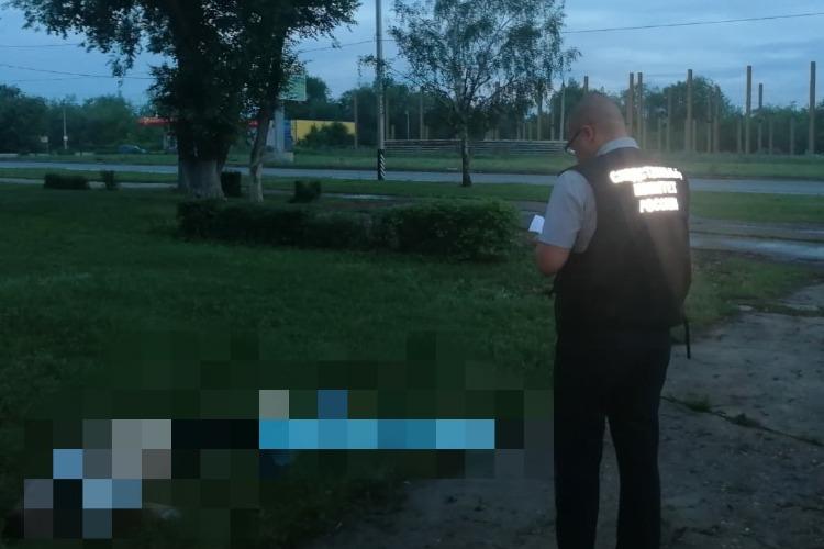 В Балаково 28-летнего мужчину убили на оживленной улице