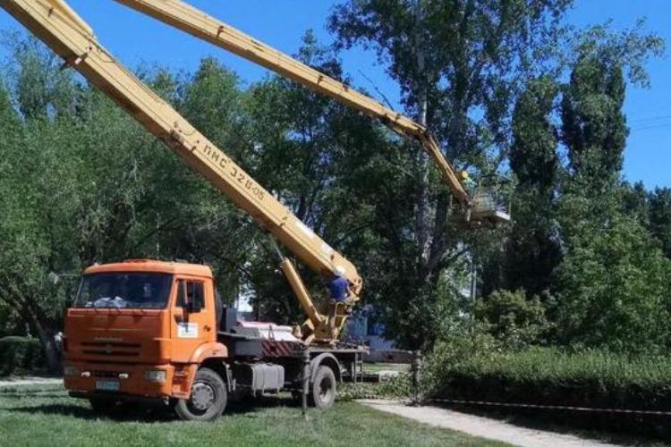В Балаково началась реконструкция сквера в 8а микрорайоне