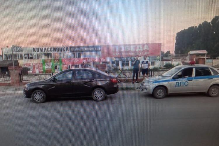 В Балаково велосипедист покалечился после встречи с Вестой