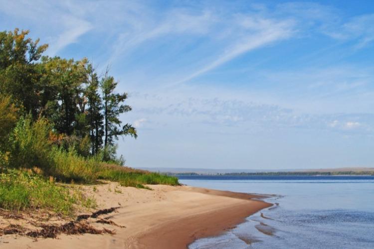 Кто уничтожил пляж в правобережье Волги