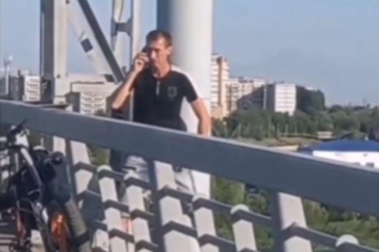 Сразу два жителя Балаково пытались совершить суицид
