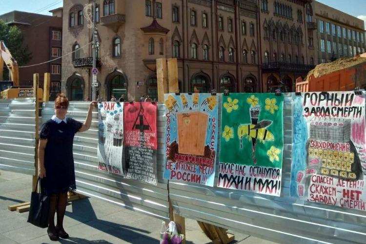 Активистка Надежда Познякова готовит новую забористую выставку