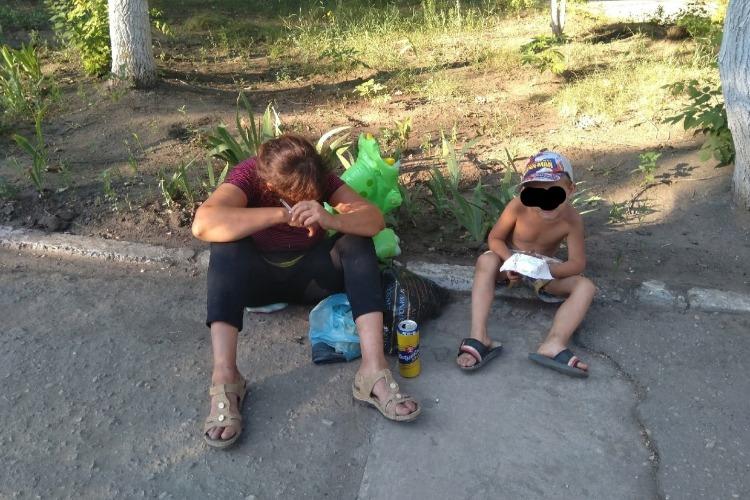 Новость от читателя: мамаша-выпивоха не постеснялась своего ребенка