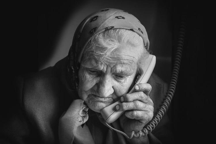 В Балаково осудили преступную группу мошенников, обманувшую 9 пенсионеров