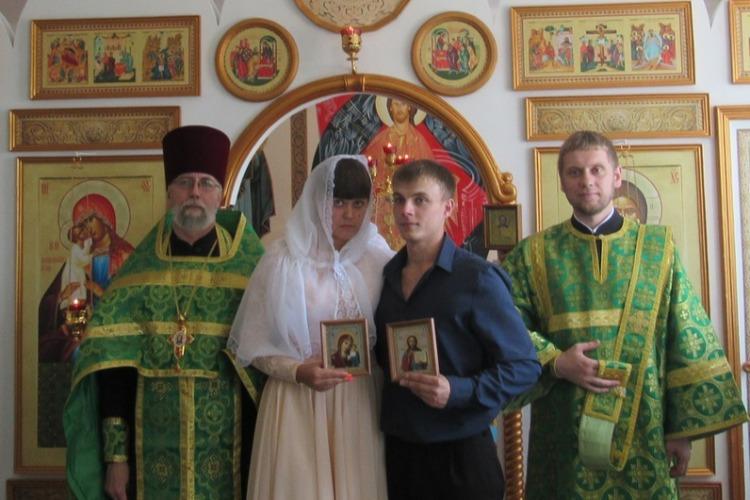 Пара заключенных прошла обряд венчания после 2 лет законного брака