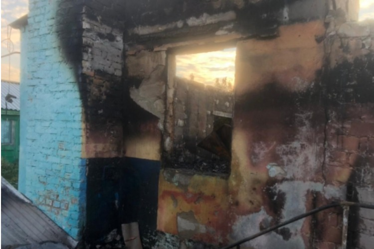Подробности беды под Балаковом. В Наумовке сгорела семья дагестанцев. Погибшие дети - внуки хозяев дома
