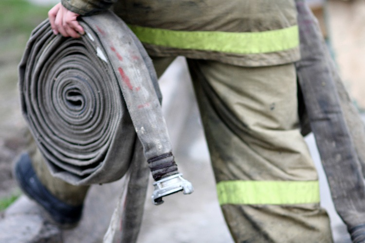 В Балаково хозяин квартиры пострадал в пожаре на Свердлова