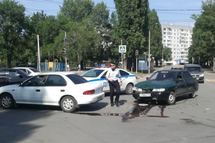 После ДТП в Балаково госпитализирована 20-летняя автоледи