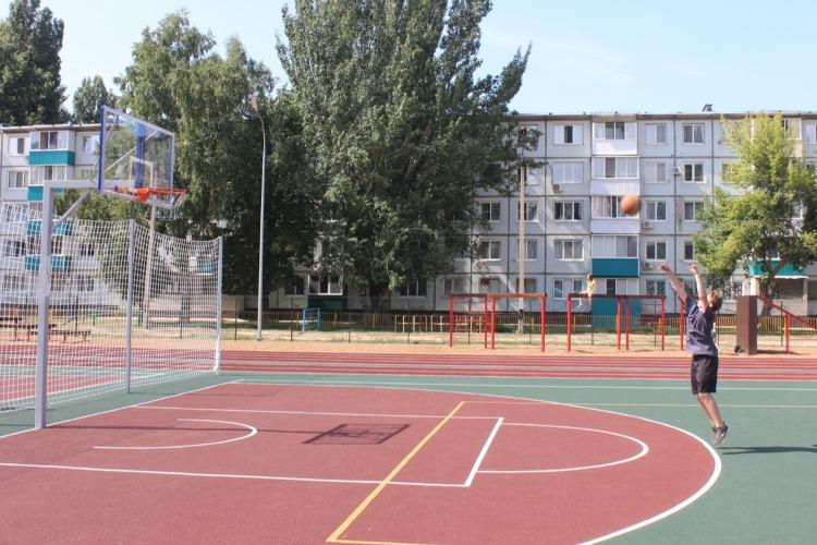 Новая спортплощадка в Балаково: обзор, фото и просьба от школьников