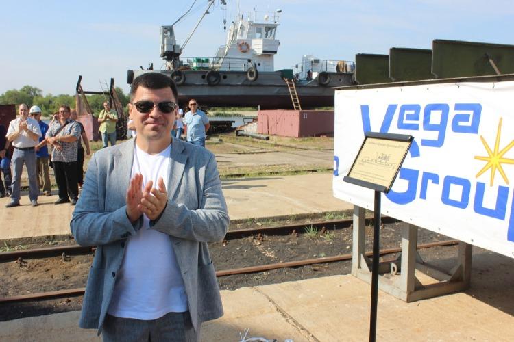 В Балаково заложили первое судно в новейшей истории Мосгортранса. Наш фоторепортаж