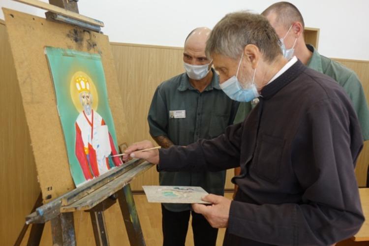 Маститый живописец учил заключенных создавать православные иконы