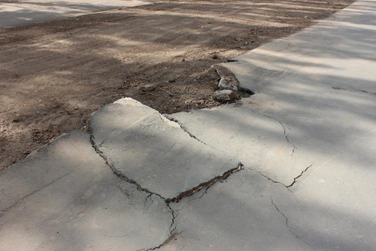 Жители недовольны благоустройством после реконструкции тепломагистрали в Балаково