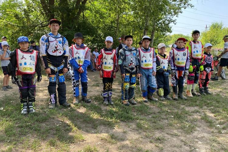 На малом треке соревновались самые юные гонщики Балаково