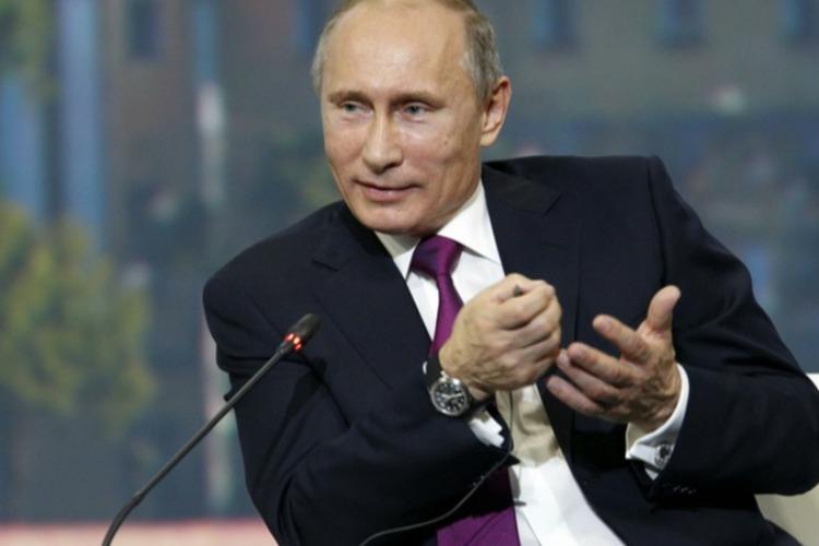 Президент Путин подписал указ о выплате пенсионерам 10000 рублей