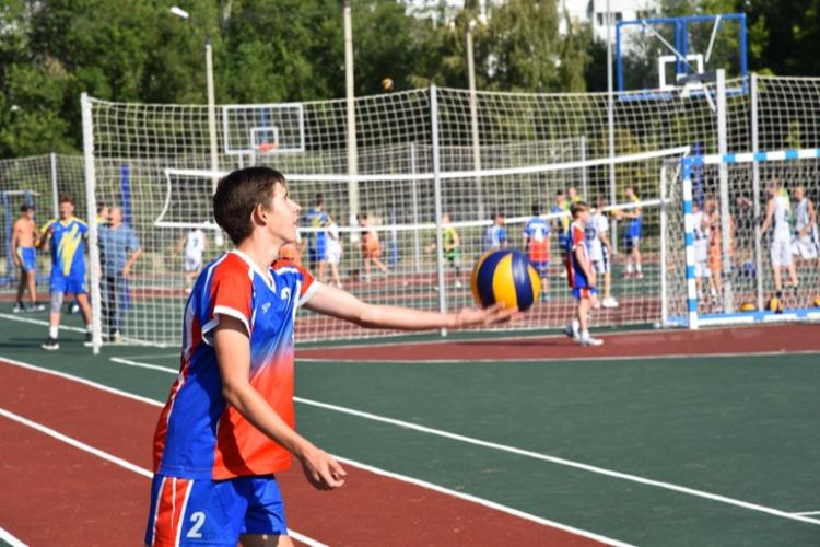 В Балаково открылась еще одна новая спортплощадка